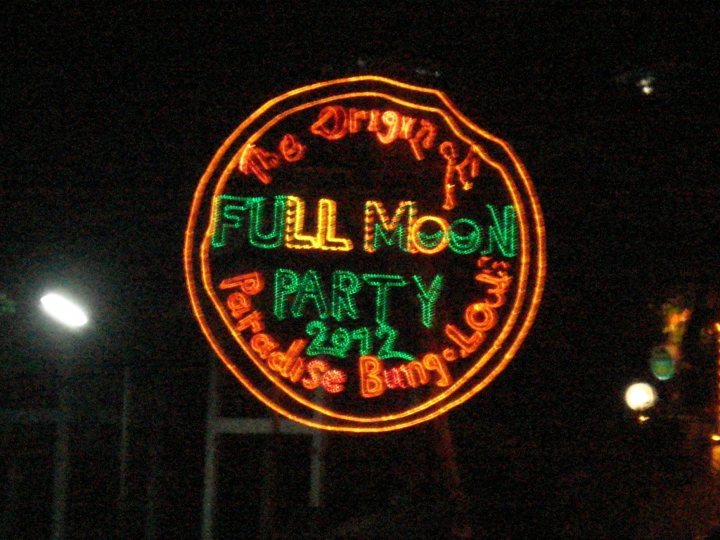 A photographic journey through The Full Moon Party in Koh Phangan ...
